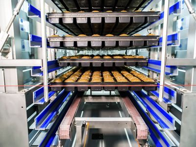 Step cooling / freezing system (on racks or baking forms/trays)